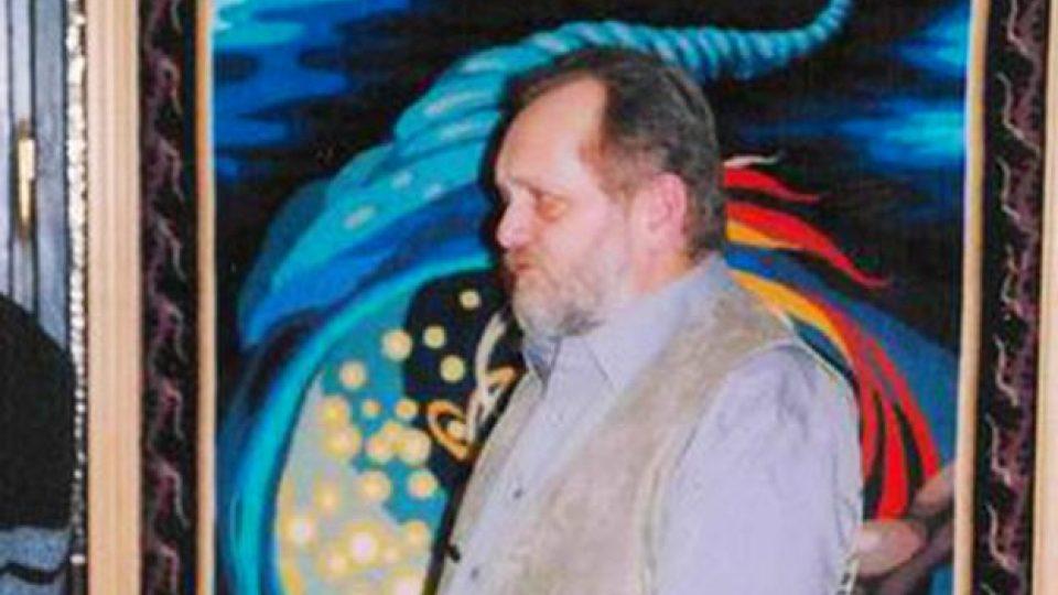Jaroslav Jošt se svým gobelínem