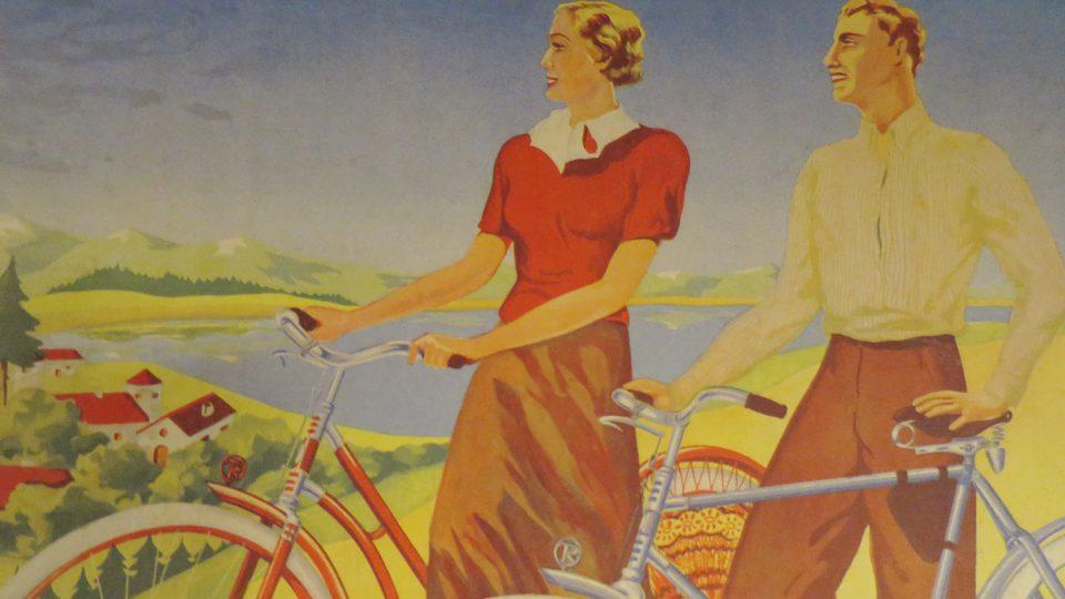V Prvním českém muzeu cyklistiky v Nových Hradech uvidíte celou řadu dobových reklam