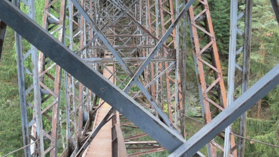 Most přes přehradní nádrž Hracholusky na Plzeňsku je na hranici životnosti