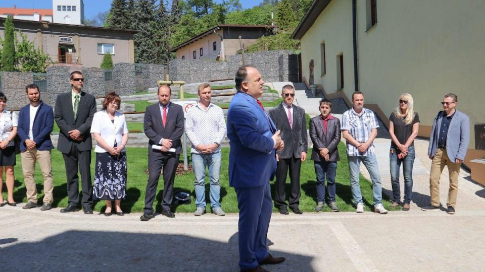 Park u města Prahy již slouží občanům v centru Náchoda
