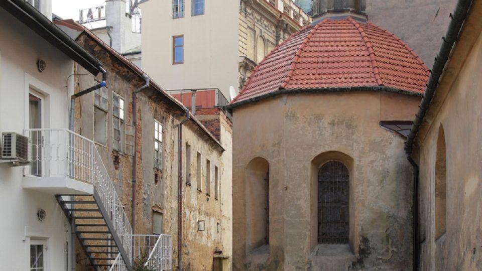 Plzeňské dvorky - Františkánská 9