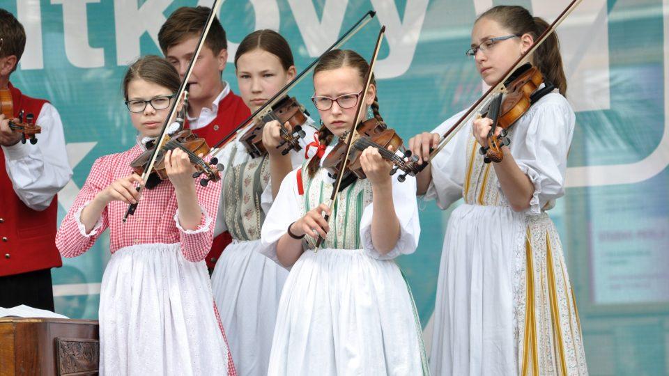 Cimbálová muzika při ZUŠ Václava Kálika