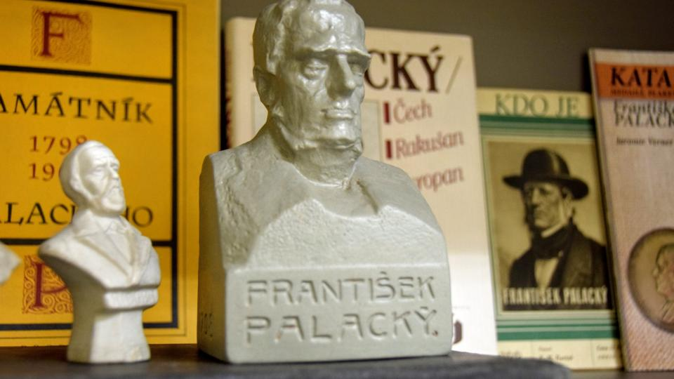 Busta Františka Palackého od Jaromíra Vernera