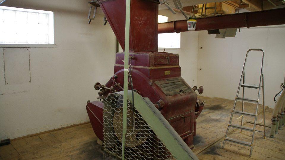 Nejstarší mlynářská stolice pochází ještě z I. republiky