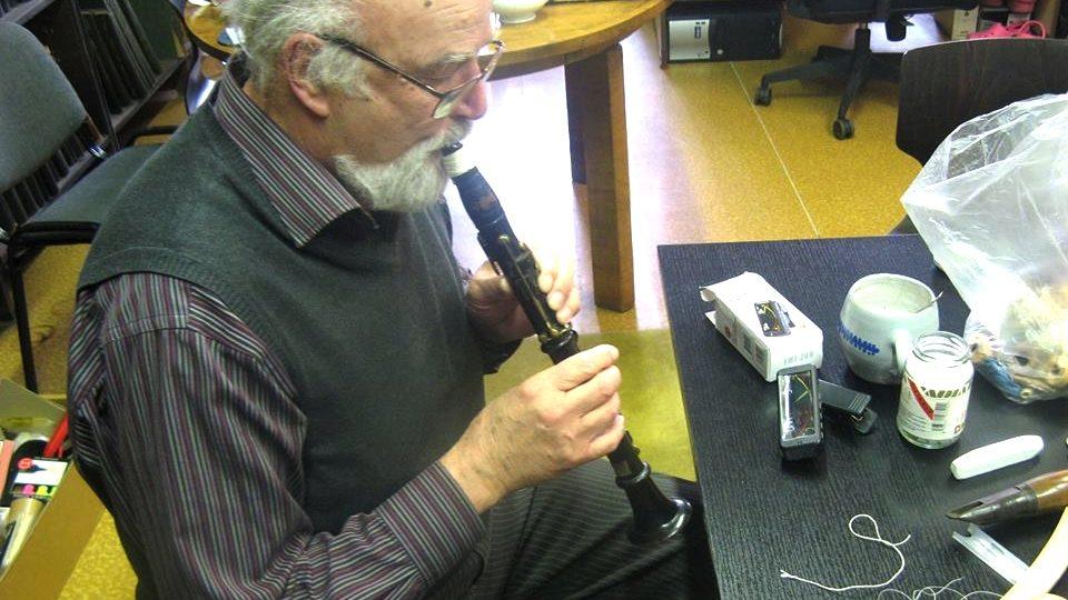 Jaromír Konrady se pokouší vrátit život historickému klarinetu z muzejní sbírky