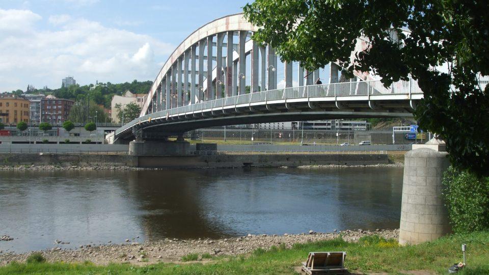 Benešův most