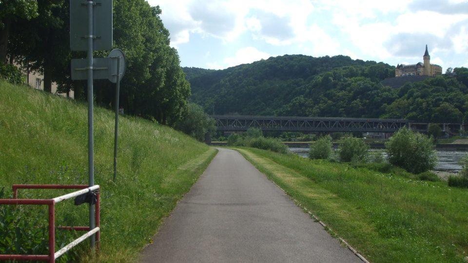 Labská cyklostezka je dlouhá celkem 1 200 kilometrů