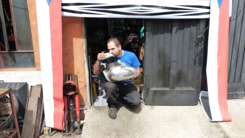 S jawou v srdci po jižní Americe: mechanik Adrian