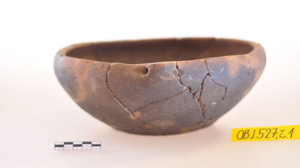Slatinky na Jičínsku byly napojené na Jantarovou stezku. Archeologové tam odkryli pravěké dílny