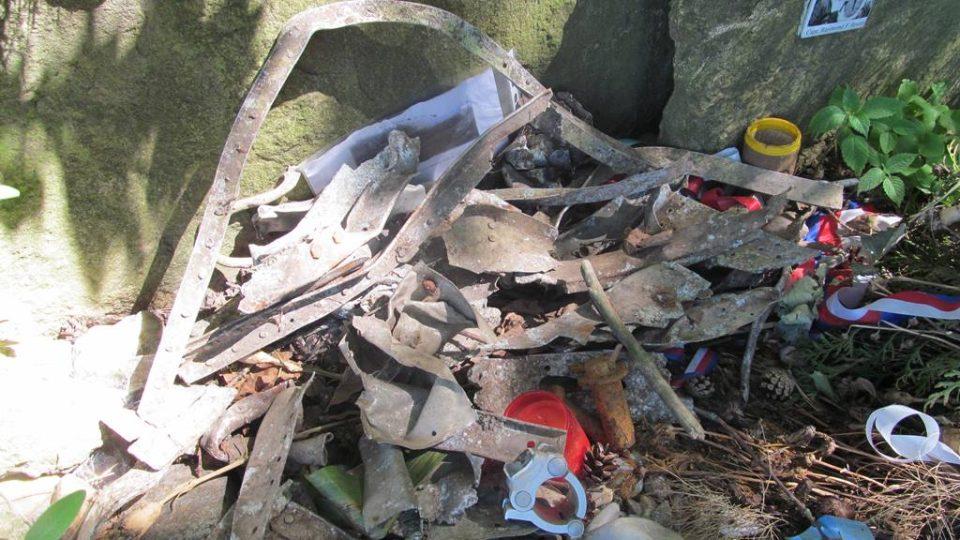 Pietní místo u Boršova nad Vltavou připomíná sestřelení svou amerických pilotů v dubnu 1945