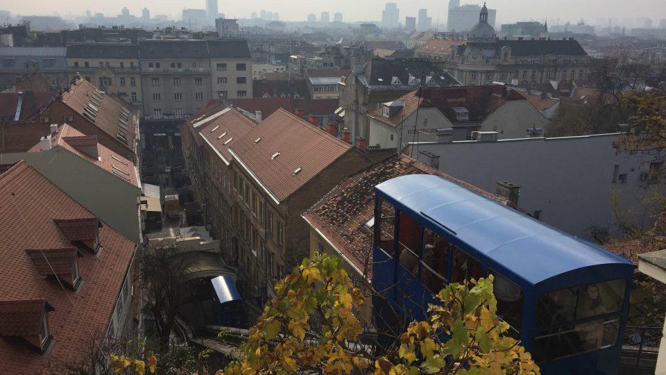 Lanovka vozí obyvatele a návštěvníky Záhřebu už víc než sto let