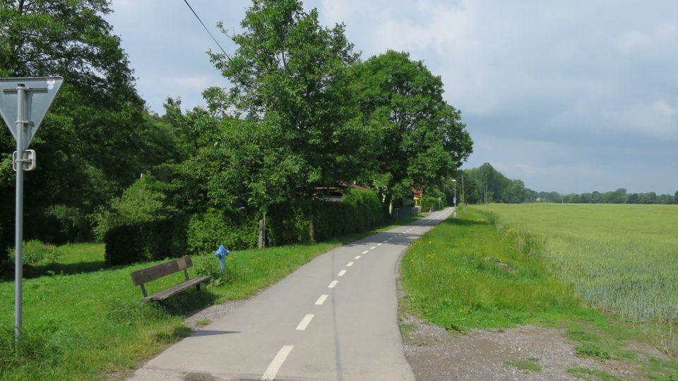 Začátek cyklostezky najdete na okraji místní části Litomyšle Nedošín