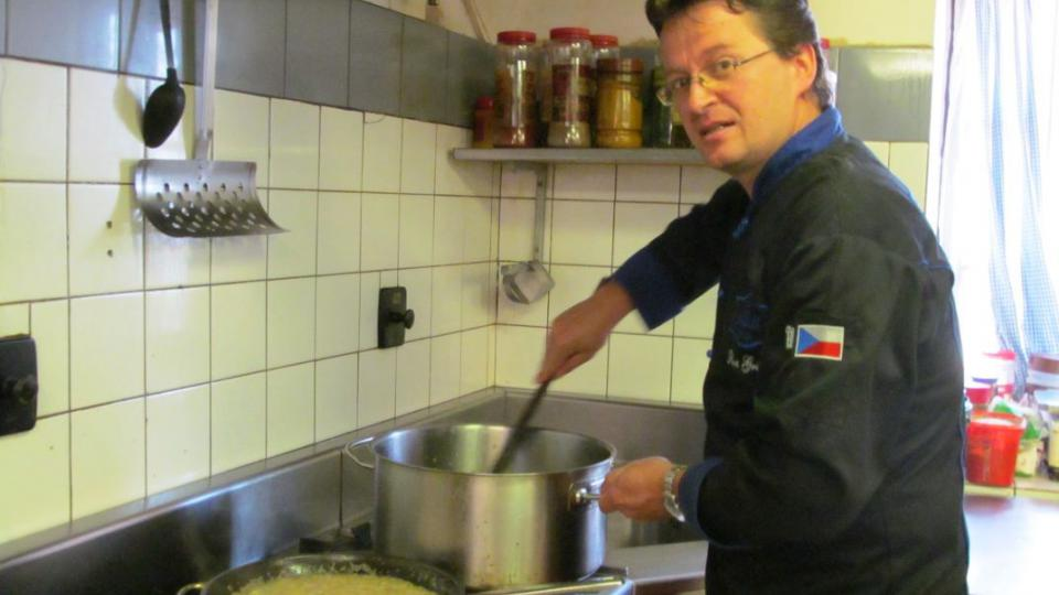 S vařečkou na cestách - po stopách Českých královen. Vaříme ve Vysokém Mýtě