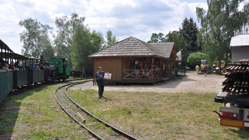 Konečná stanice, následuje prohlídka muzea