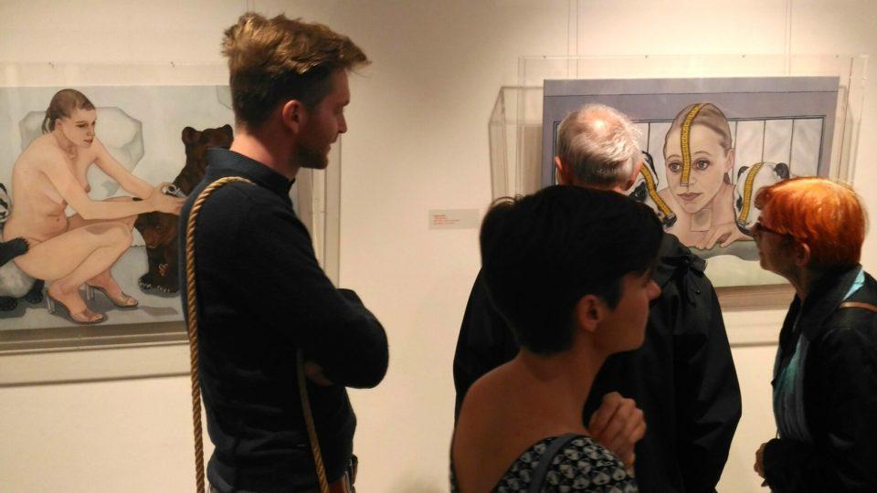 Vernisáž výstavy slavných malířů a sochařů v OGL