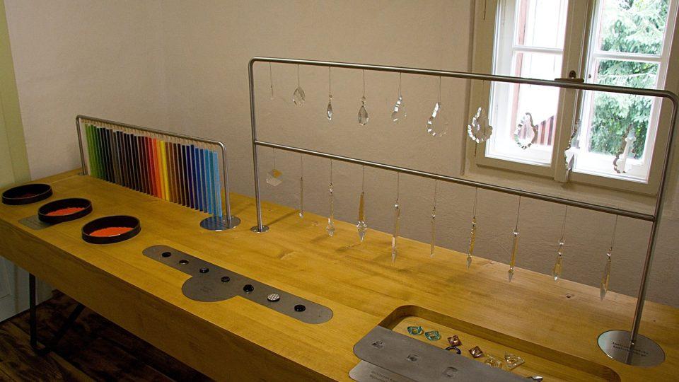 V osadě se vyráběly sekané perle i skleněné ověsy
