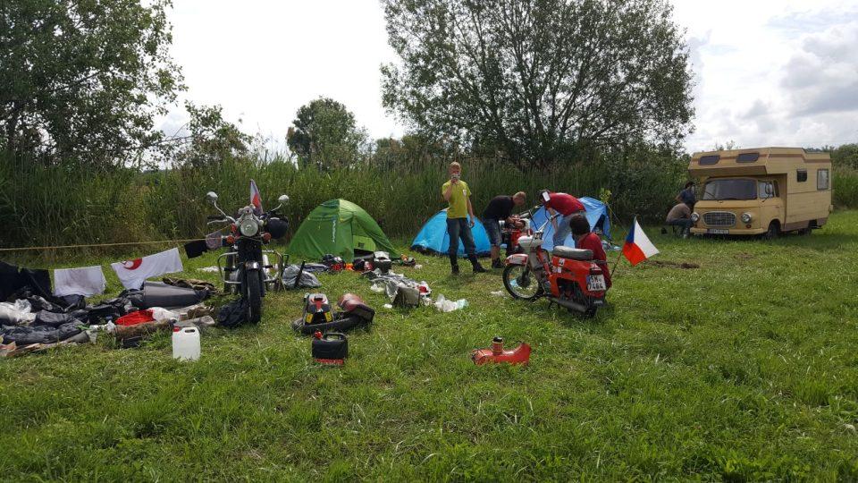 S Jawou na cestách - tábor u Balatonu