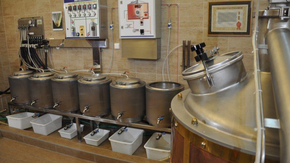 Minipivovar Arnošt je takovou laboratoří pivovaru velkého
