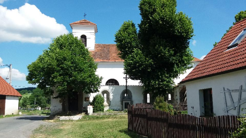 Klášter na jižním Plzeňsku těsně pod Zelenou Horou