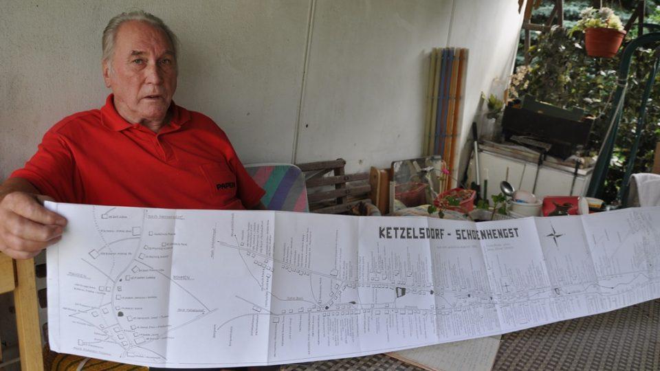 Albin Huschka ukazuje jak velký byl Ketzelsdorf dřív