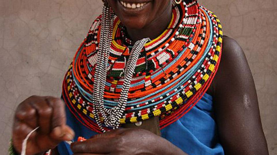 Organizace Beadworks zajišťuje příjem ženám žijícím v odlehlých oblastech severní Keni
