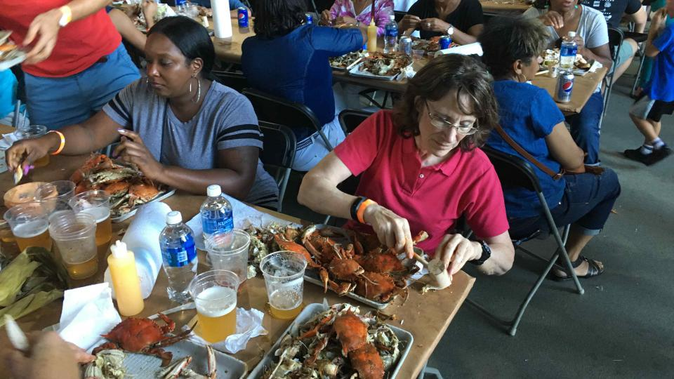 Běžná porce - deset krabů na osobu