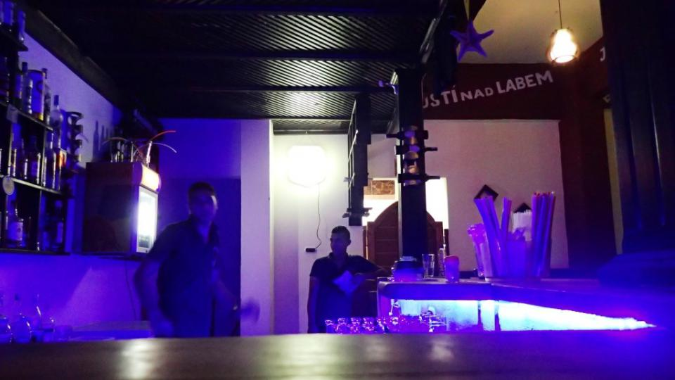 Interiér restaurace Praha Café