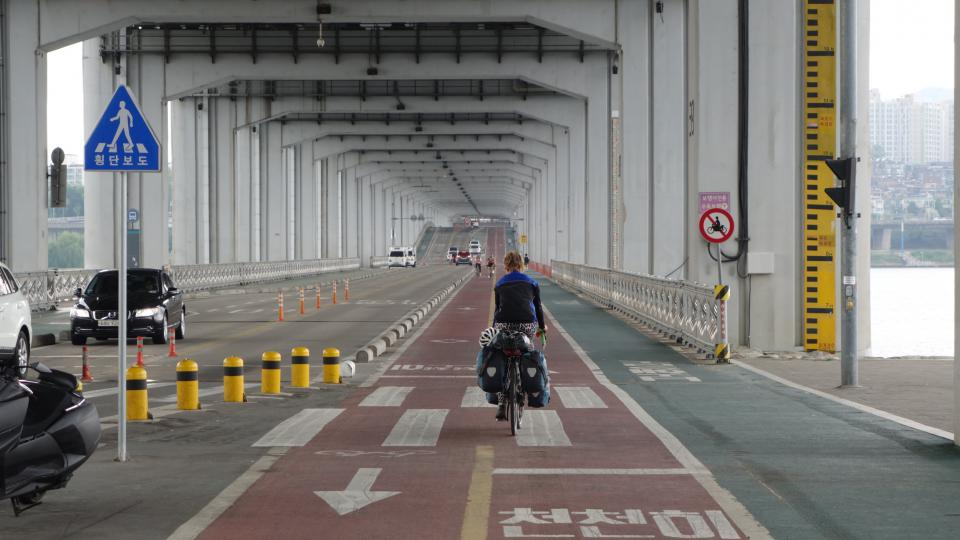 Zuzka na korejské cyklostezce