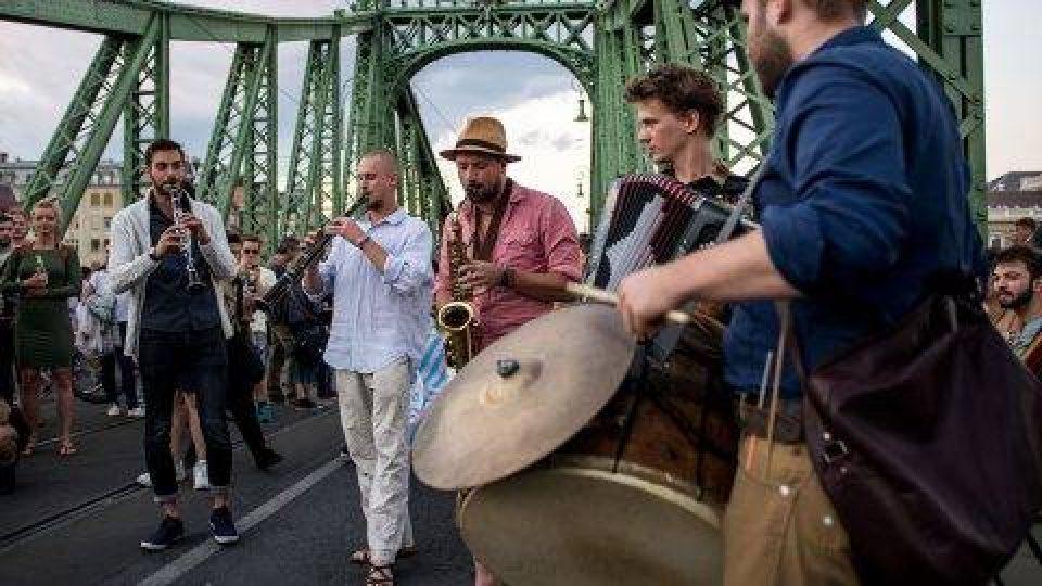 Účinkující vystupovali po dobu festivalu zadarmo, jen pro radost sobě i ostatním