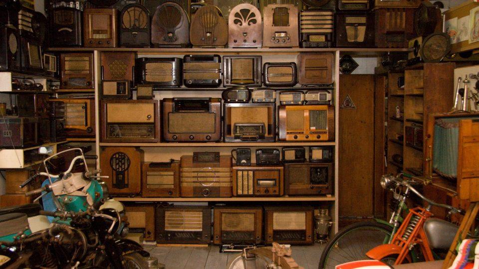 Sbírka rozhlasových přijímačů