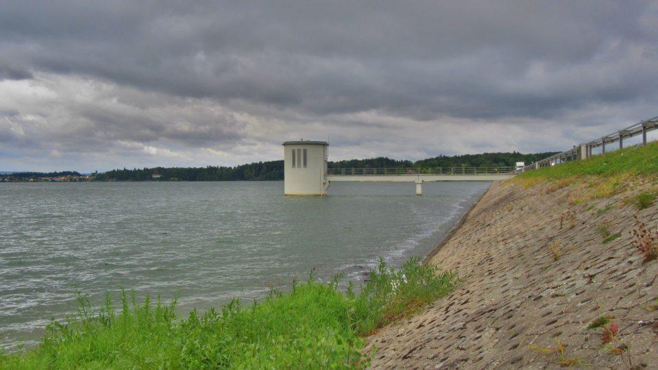 Vodní dílo je na Odravě od roku 1961