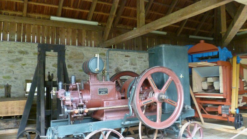Historické stroje užívané v hospodářství