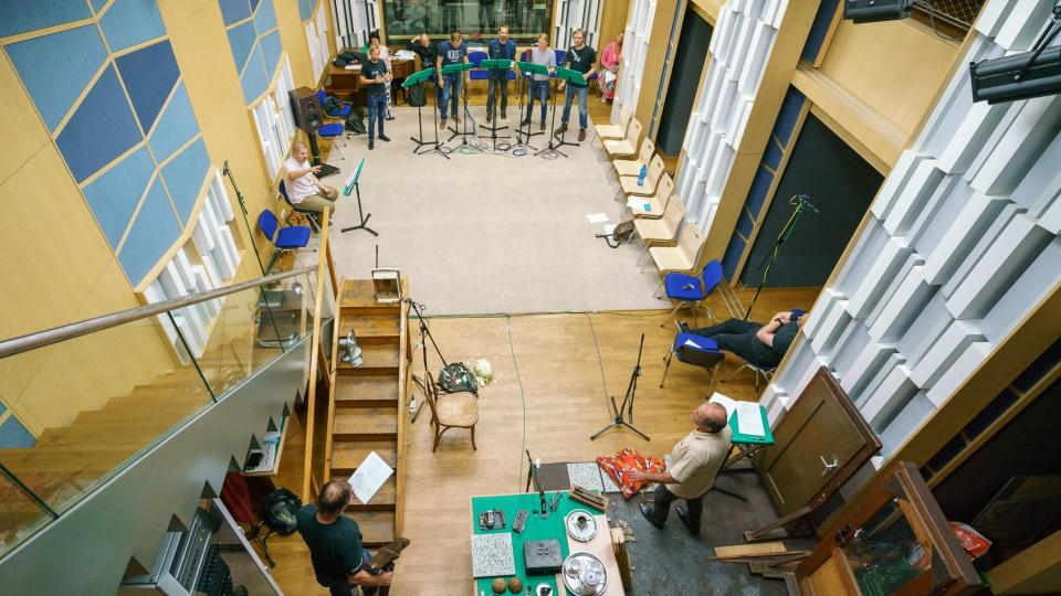 Live natáčení rozhlasové hry Sherlock Holmes ve státních službách (foto ze zkoušky)