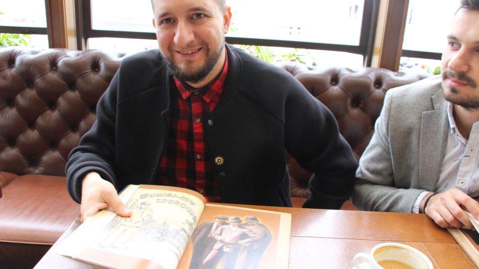 Alexij Peterko představuje historii loga restaurace Kumpel