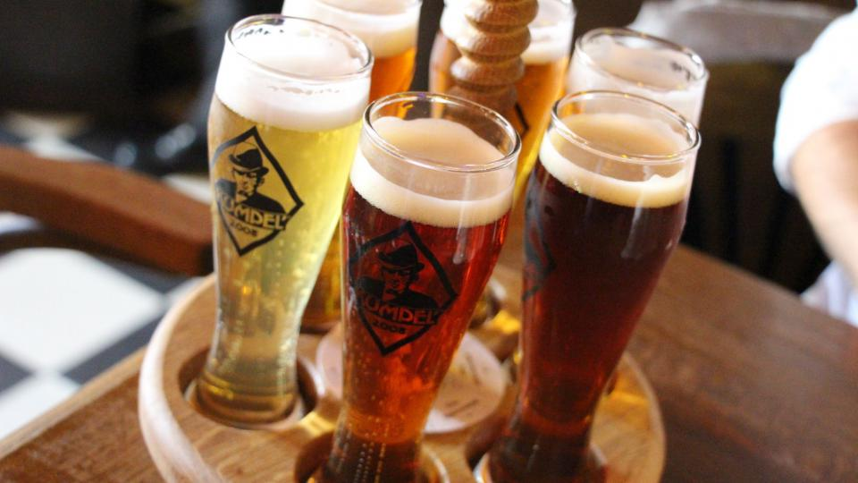 K tradičním haličským pokrmům si rozhodně dejte místní pivo