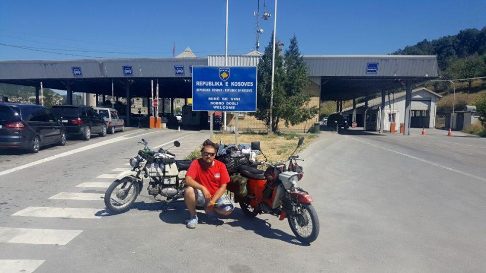Před hranicí Kosova