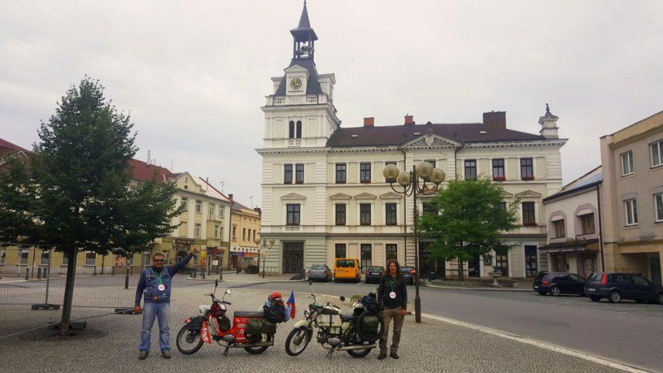Po 16 dnech a 4400 kilometrech opět doma - Choceň