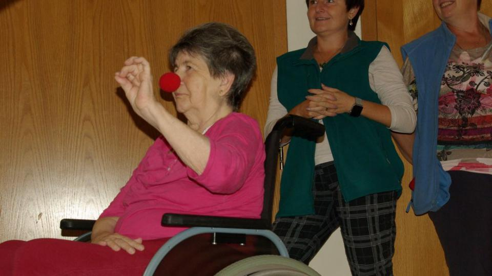 Při klauniádě v Domově pro seniory v Jičíně