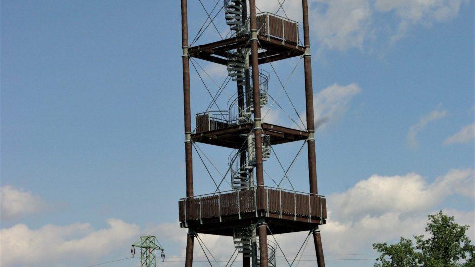 Rozhledna Na Signálu u Slavíkova v Kladském pomezí