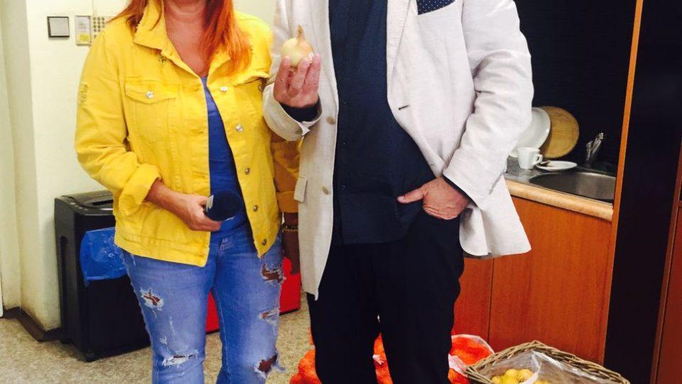 Blanka Malá a Jan Rosák, který oslavy cibule moderoval