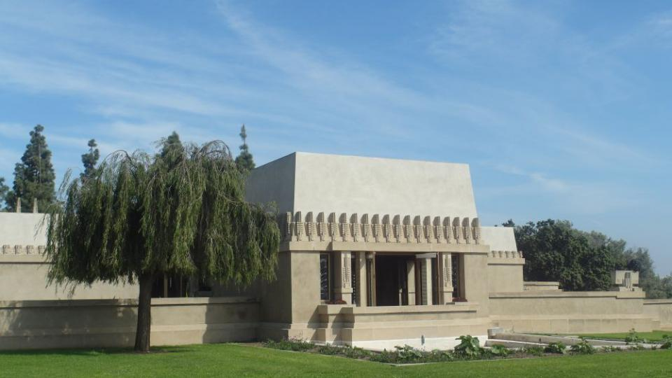Frank Lloyd Wright, Hollyhock dům v Los Angeles