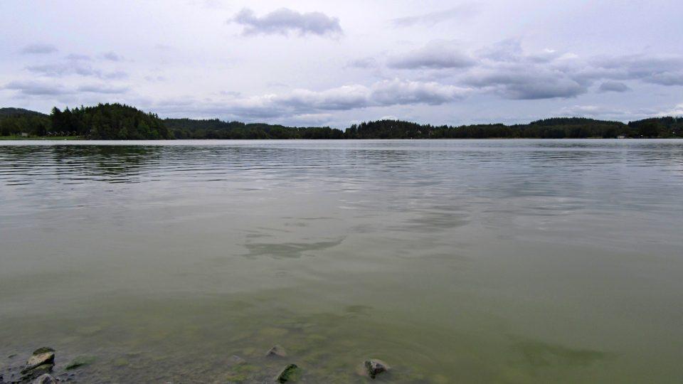 Úslava napájí Hnačovský rybník