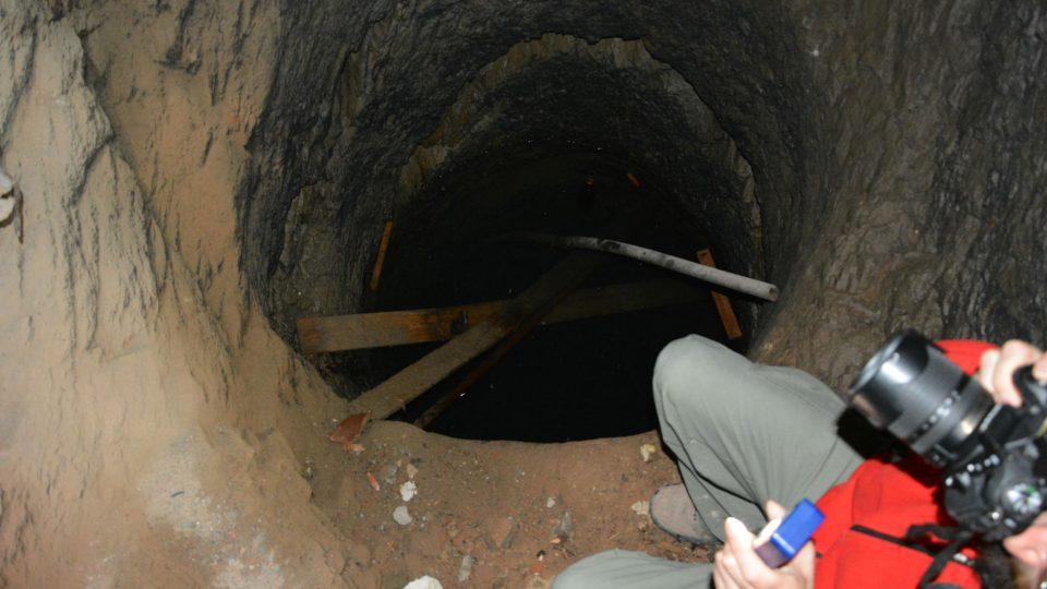 Studna v Knurrově paláci