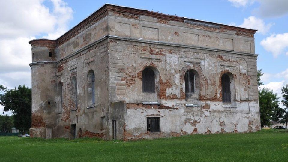 K záchraně židovských památek v Bělorusku paradoxně přispělo to, když začaly být využívány k jiným účelům. Jinak by nejspíš spadly úplně