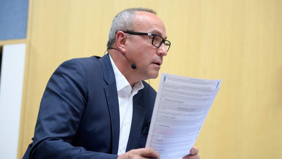 Předvolební debata, 10. 10. 2017. Moderátor Jan Pokorný
