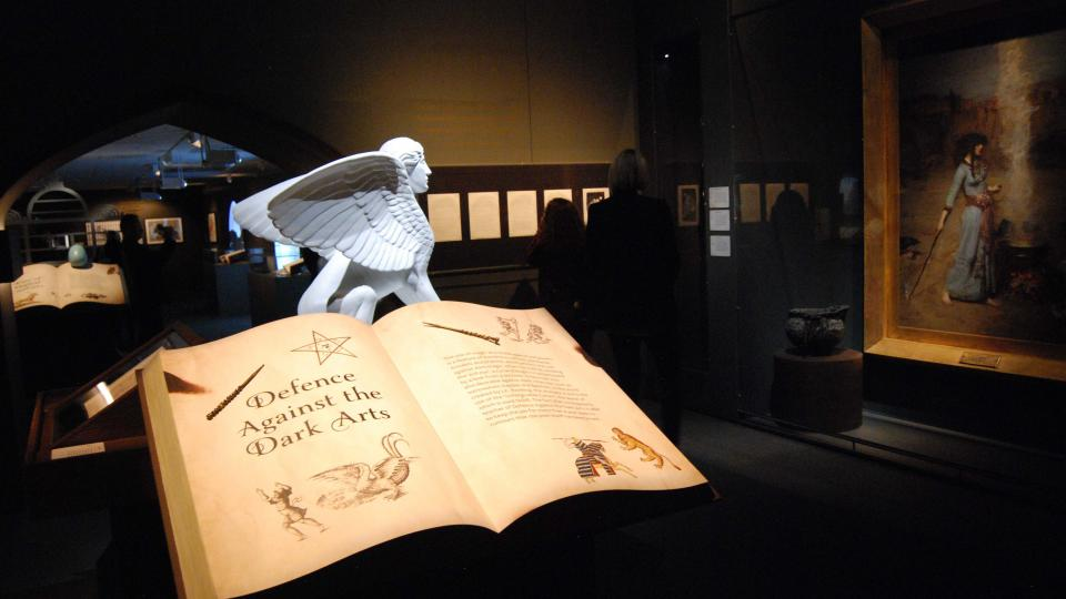 Návštěvníci mohou nahlédnout i do kouzelnických knih