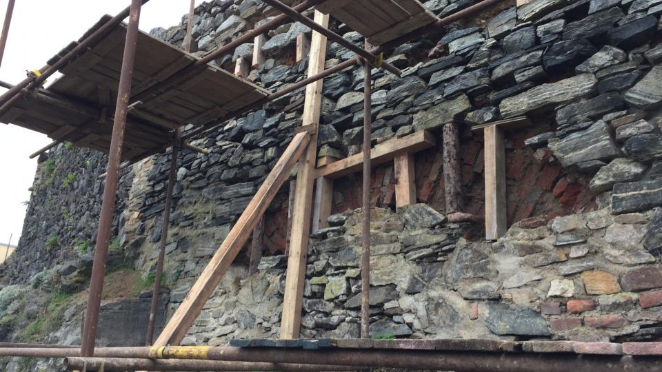Opravy hradeb, Jemnice