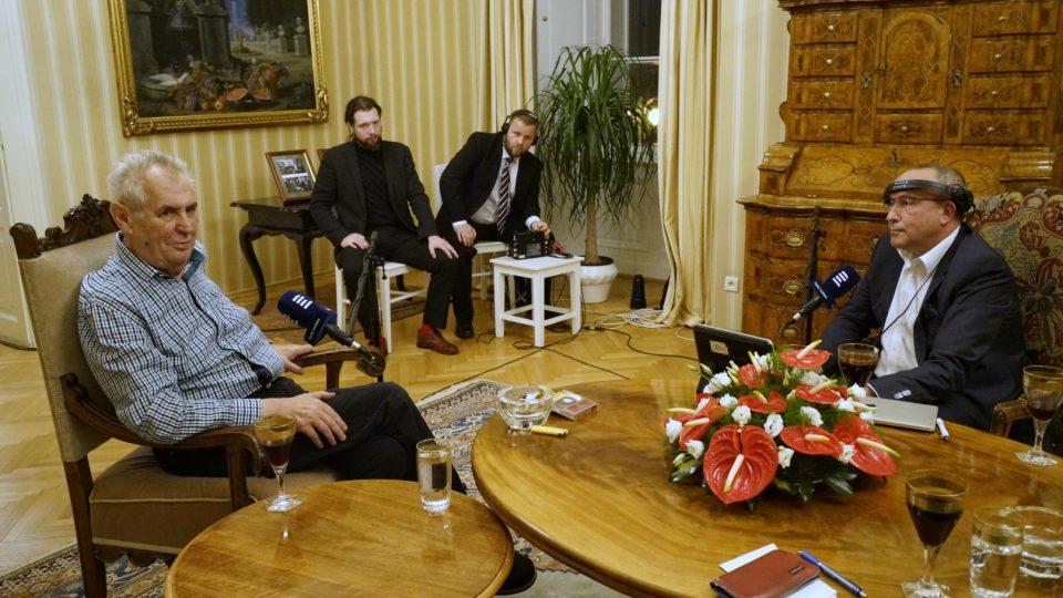 Rozhovor s prezidentem Milošem Zemanem (30. října 2017)