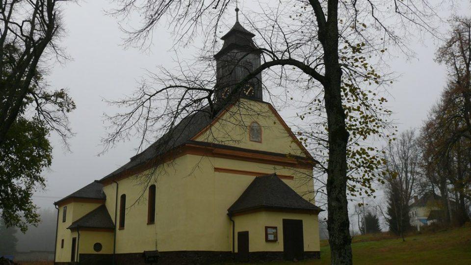 Kostel Jména Ježíš stojí v Křišťanově od konce 18. století