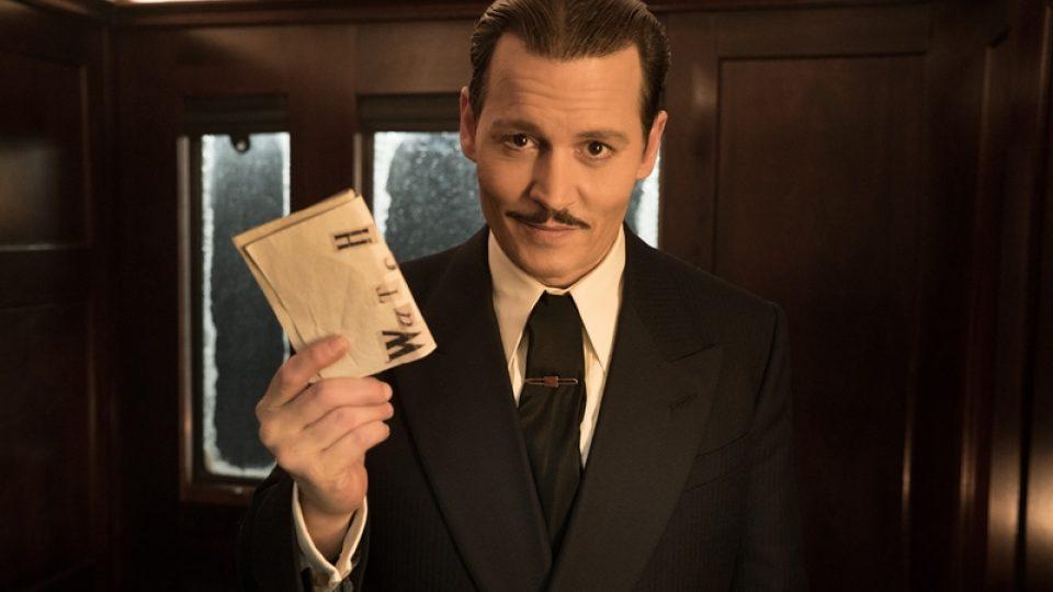 Johnny Depp ve filmové adaptaci Vraždy v Orient expresu Agathy Christie